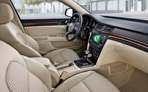 2009 Skoda Superb interiors