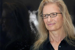 Biography of Annie Leibovitz | Celebrity Portrait Photographer