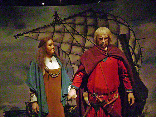 Man and wife. The Hersir were landowners, lower nobility who oversaw their land and ensured the taxes were paid, saw to the safety of those below them