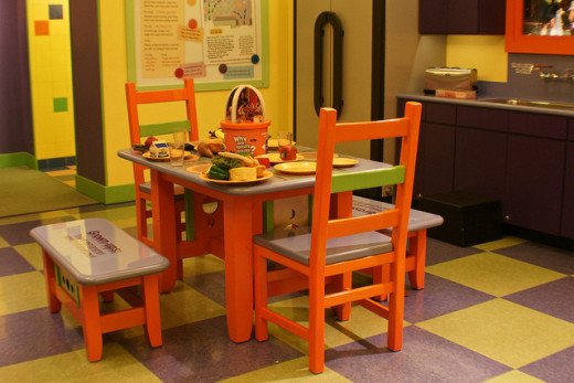 Colorful Kitchen for creating effect for children