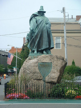 Statue of Roger Conant, founder of Salem, Massachusetts, photo taken in 2004