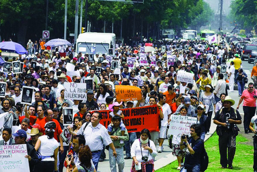 Journalists protest the increase in drug cartel violence in Mexico.