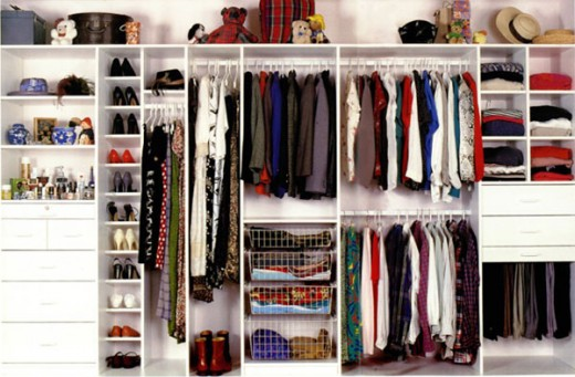 I wish I had a wardrobe like this one.