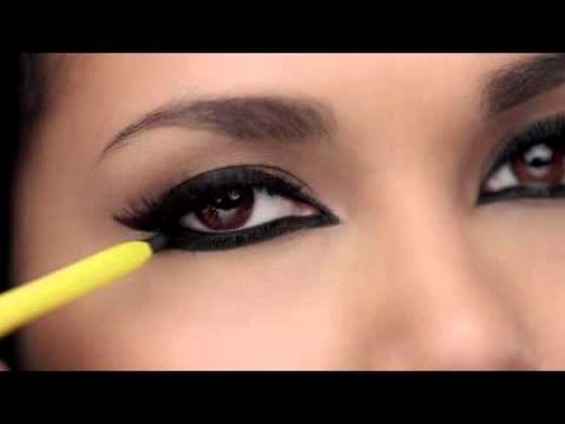How To Get Well Defined Eyes Top Kajal Application Tips