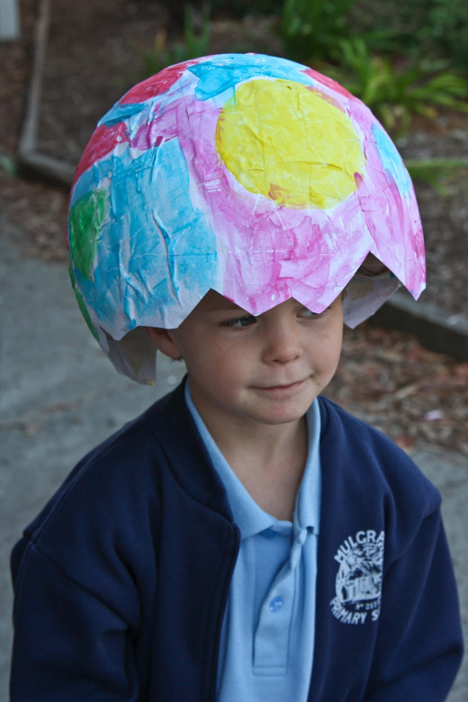 Cute, colored easter egg bonnet