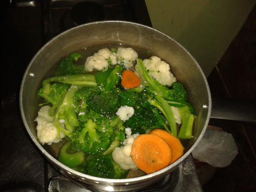 Vegetables boiling