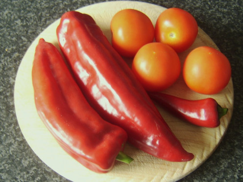 Sweet peppers, tomatoes and chilli pepper for making sauce