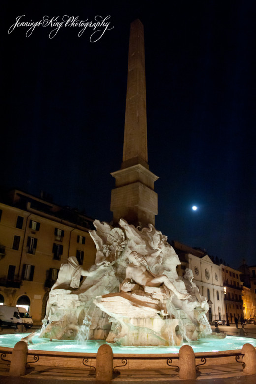 Night time at the Piazza Navona  Fountain of the Four Rivers