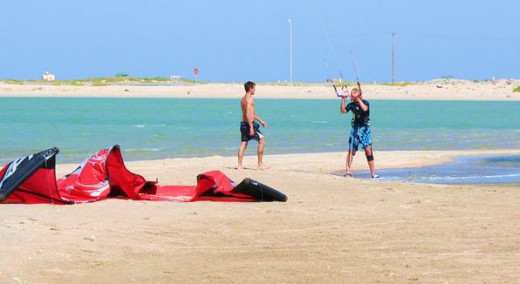 Take a beginner kiteboarding lesson!
