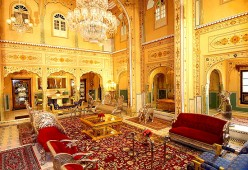Best Hotels, Restaurants and Hangout places in Jaipur