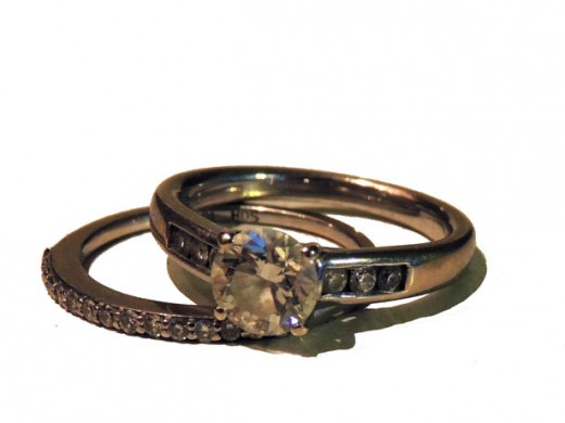Wedding Rings http://www.publicdomainpictures.net/view-image.php?image=31773&picture=isolated-wedding-rings