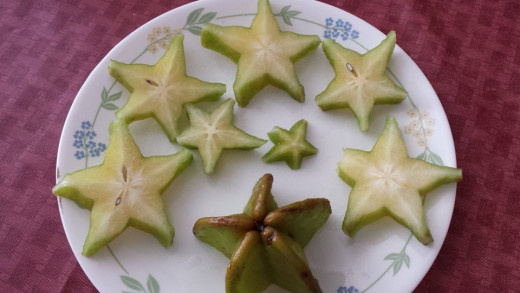 Sliced balimbing or carambola fruit.