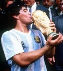 Maradona : The Soccer Master