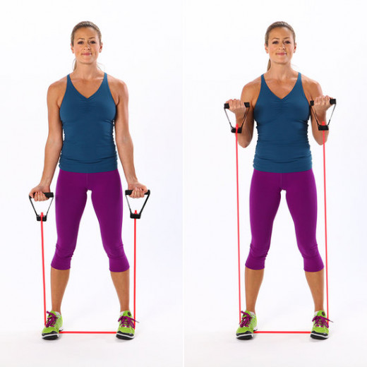 bicep curl with resistance band