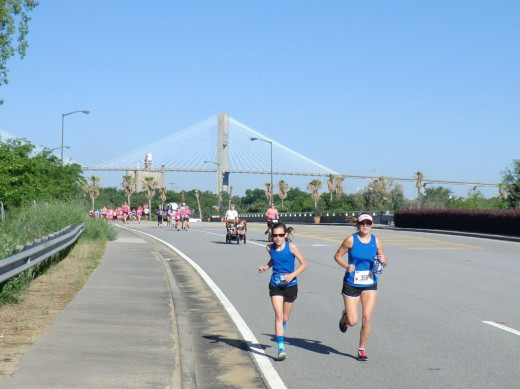 Mother and daughter in the lead