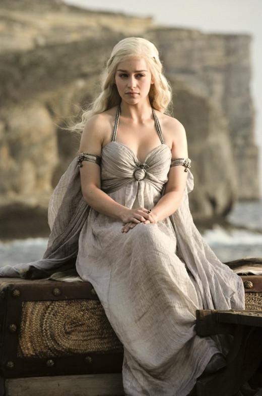 Daenerys Grey Outfit