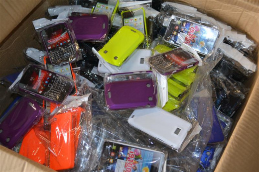 A box of volume goods such as phone cases can increase feedback score