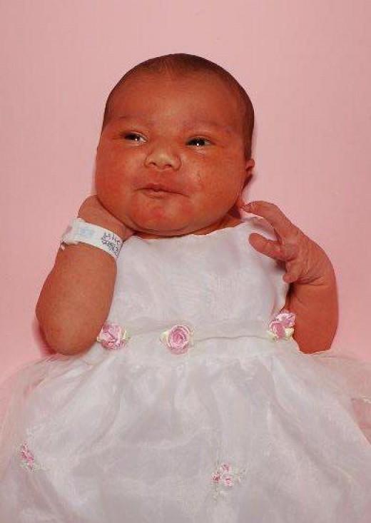 Layla's newborn baby picture
