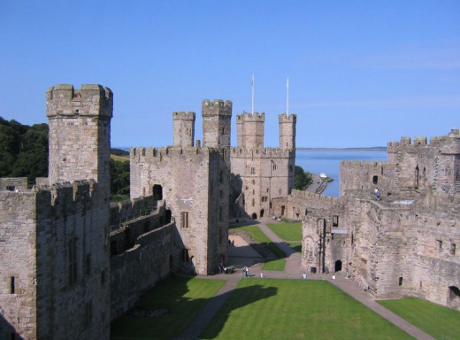 Caernarfon Castle was one of several castles that fell to Glyndwr during his uprising in the early 15th century.