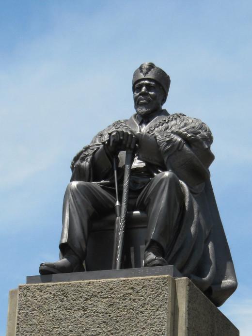 Jomo Kenyatta - The First President of Kenya