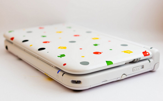 A shiny Nintendo 3DS XL.