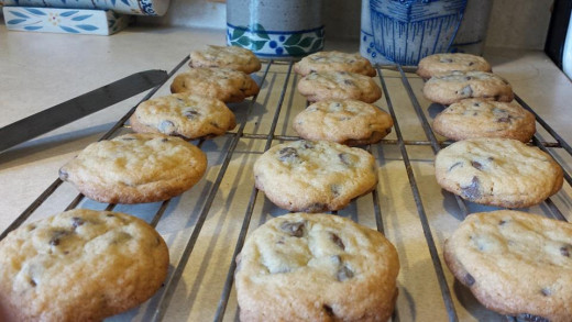 Home made chocolate chip cookies are easy to make and can be included in a well balanced diet.
