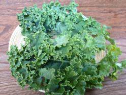Kale is rich in vitamin K and powerful antioxidants.