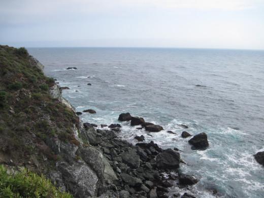 Cliffs toward the south.