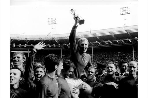 England lifting the trophy in 1966
