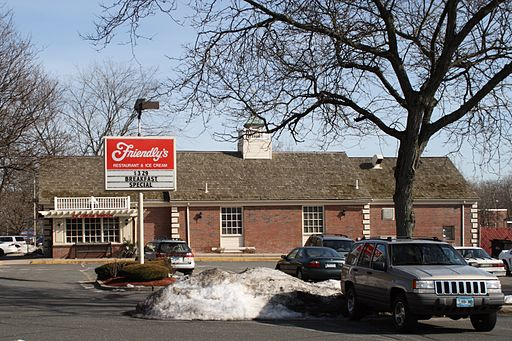 Friendly's restaurants were popular in the northeast. Dave and I found a few to eat at in Vermont.