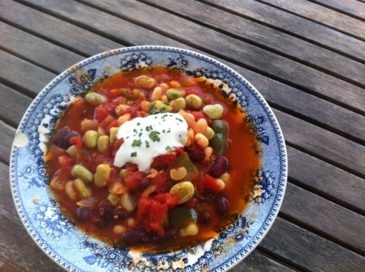 Bean and vegetable casserole