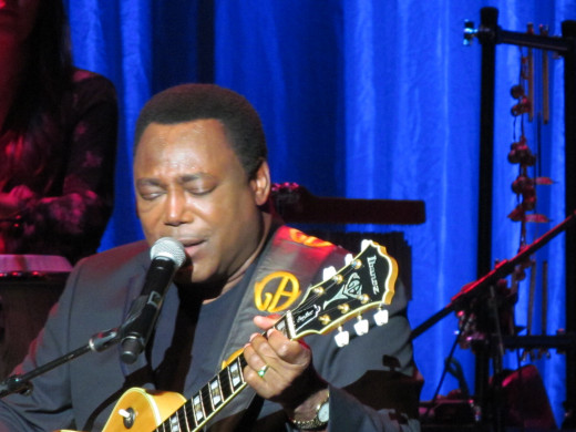 "George Benson, receives a standing ovation as he performs his major hit, ""On Broadway."""