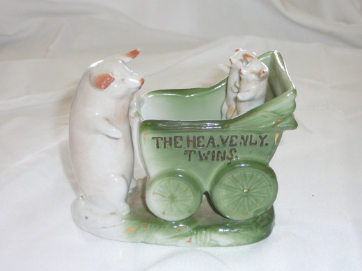 "The Heavenly Twins.Featured in ""This little Piggy"" its '92 value was $110. 4 1/2"" x 3 3/4"". $24. Common."