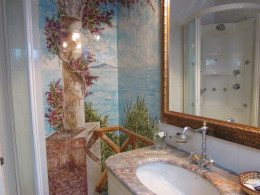 Our beautiful bathroom at the Hotel Il Girasole