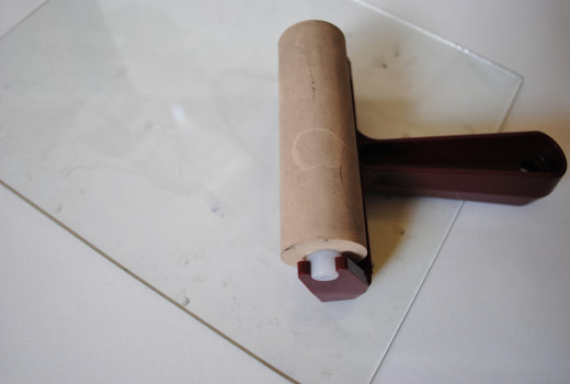 Soft rubber brayer and glass ink plate