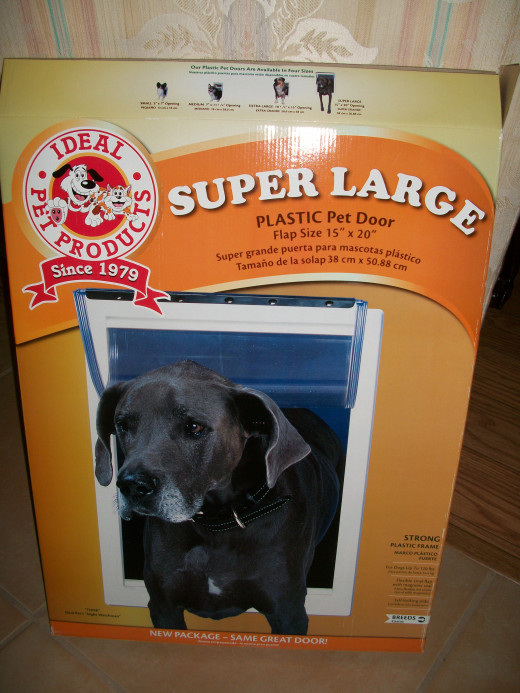 "Ideal Pet Products Super Large Plastic Pet Door 15"" x 20"", for up to 120 pound dogs"