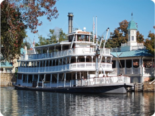 Working Liberty Belle Steamboat ferries guests around Tom Sawyer Island.