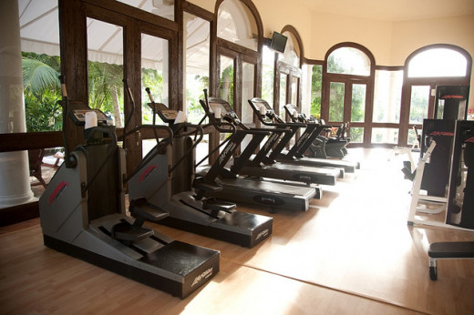 Cardio machines galore!