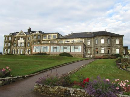 Raven Hall Hotel, Ravenscar - anyone for golf? End of your walk. Someone picking you up?