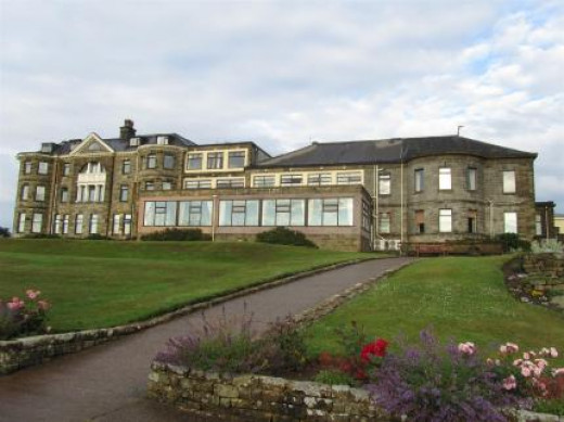Raven Hall Hotel, Ravenscar - anyone for golf?