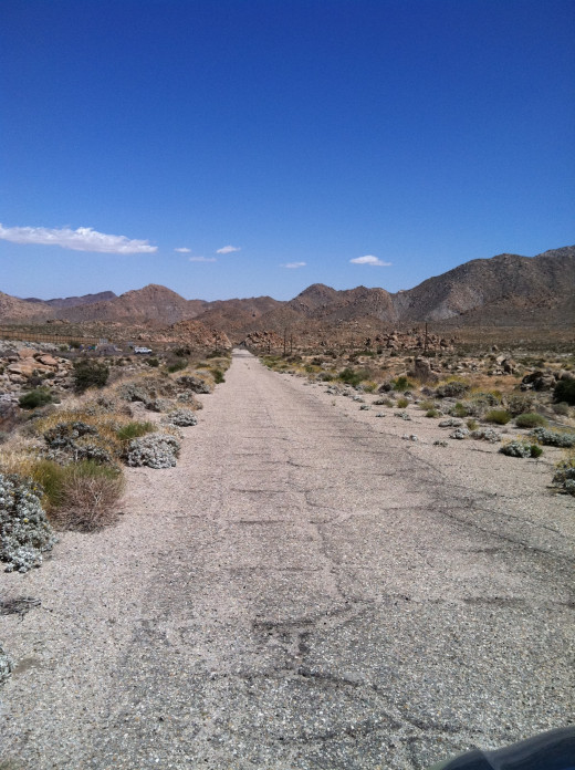 Old part of highway Route 66