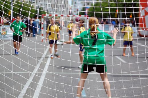 Street Handball in Zaragoza, Spain.  Photo by Sergio.