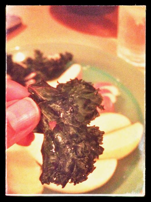 Tear kale into chip sizes pieces.