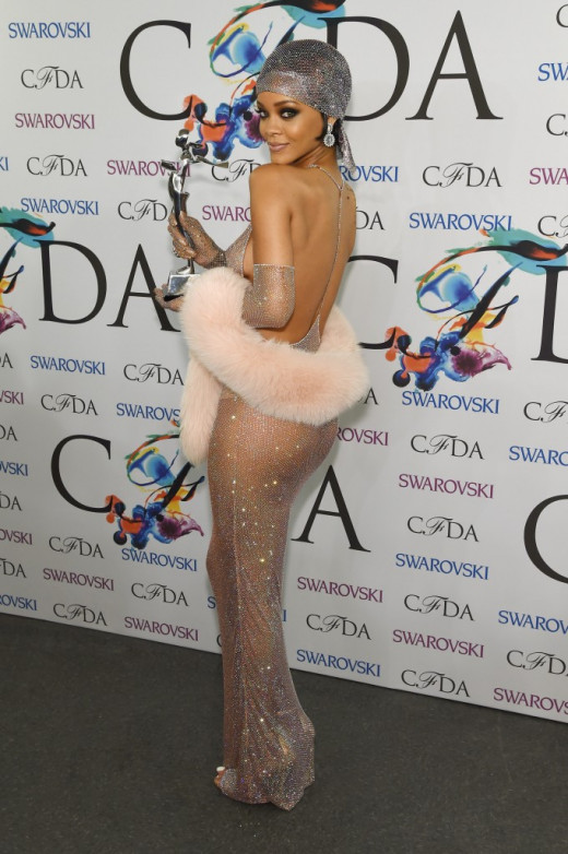 Rihanna and the dress