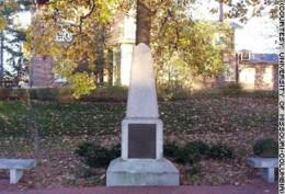 Jefferson's grave site at Monticello.
