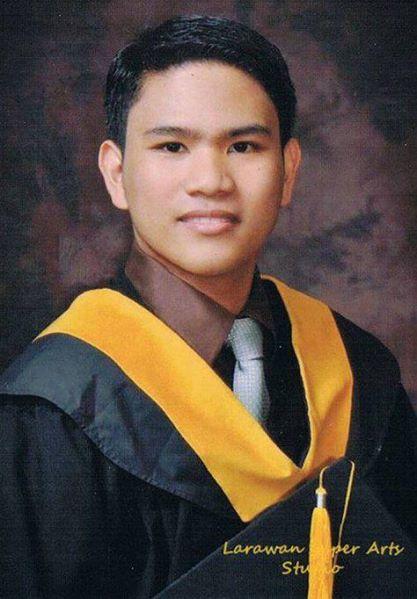 Jerwin Tubay, CPA  - A graduation picture taken April 2011