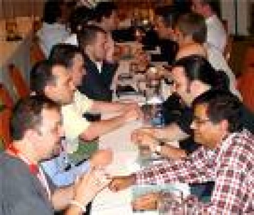 Speed Networking: Courtesy of www.dnjournal.com