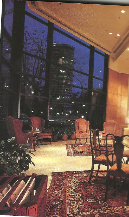 Park Tower Lobby Lounge, With Views Of The City And The River