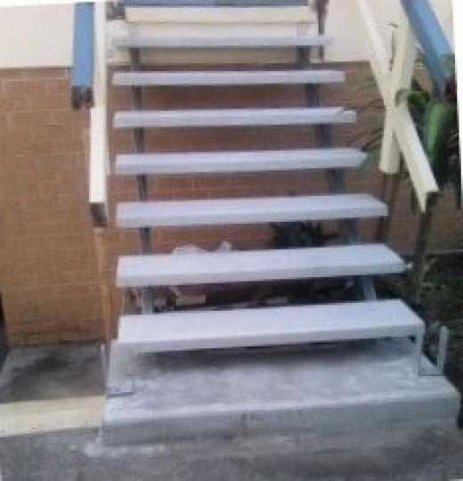 This is the new set of stairs partly built, as you can see the hand rail needs to be completed and then painted.
