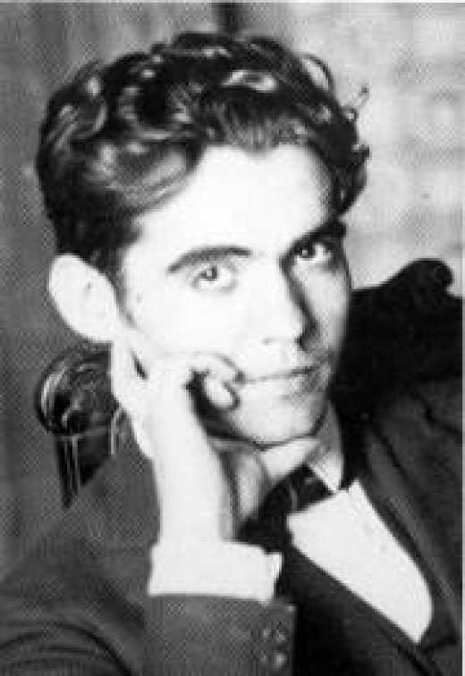 Federico Garcia Lorca in his mid 30s